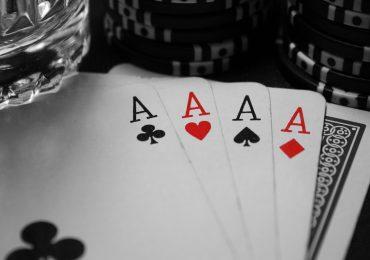 Покерные комбинации на английском