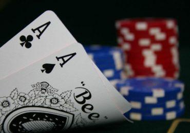 Тайтовый стиль покера: учимся играть правильно