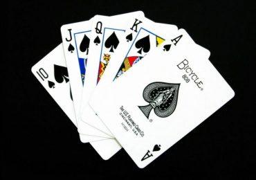Пятикарточный покер: правила, комбинации