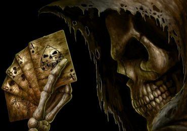 """Минусовые руки и """"рука мертвеца"""" в покере"""