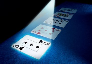 Что такое ривер в покере и как на нём играть?