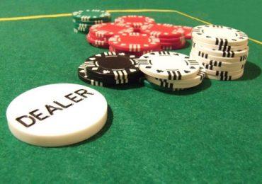 Позиции за столом в покере: что это такое и где они находятся