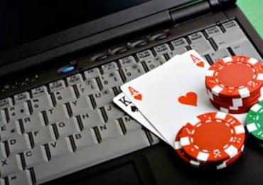 Покер он-лайн и офф-лайн — принципиальные отличия