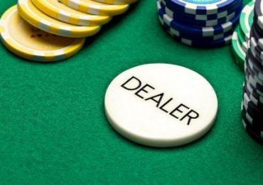 Баттон в покере: что это такое?
