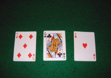 Как называются первые три общие карты в покере?