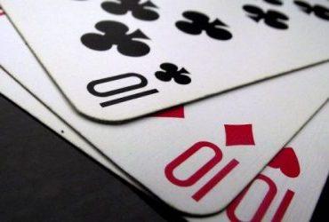 Трипс в покере — описание коминации, в чём отличие от сета?
