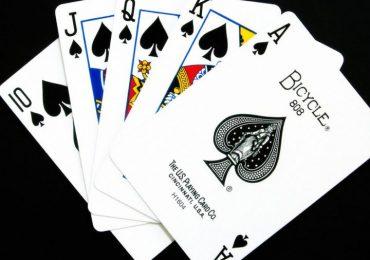 Стрит-флэш в покере — комбинация, как собрать