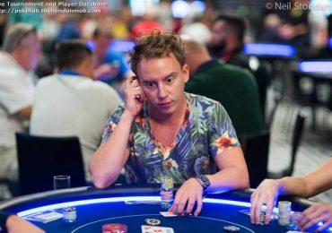 Роман Коренев стал обладателем золотого браслета на юбилейной Мировой Покерной Серии